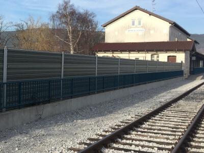 Aluminijska protihrupna zaščita na železnici Koper-Divača