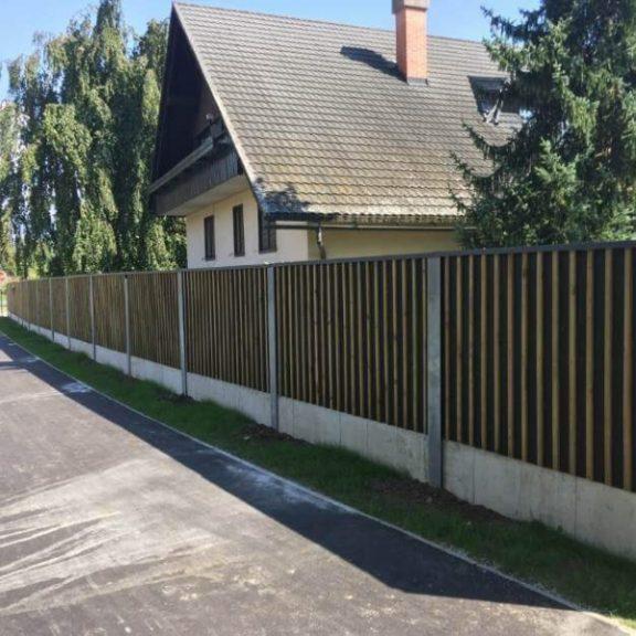 Lesena ograja proti hrupu Bled