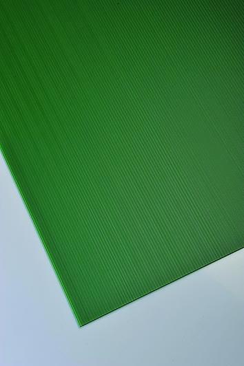 Plastonda zelena barva