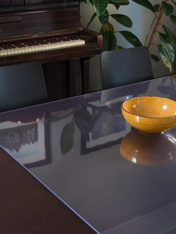 Polistirenske plosce za notranja zastekljevanja Poliver za zascito miz