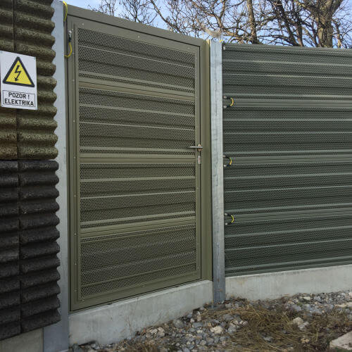 Protihrupna vrata na železnici Koper-Divača