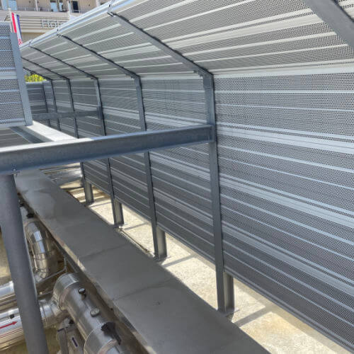 Protihrupna zaščita toplotnih črpalk odprtina za vhod zraka hotel corinthia