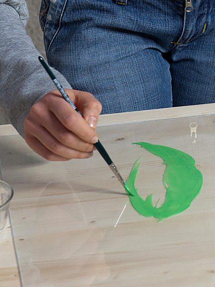 Slikanje in dekoriranje plosc Poliver