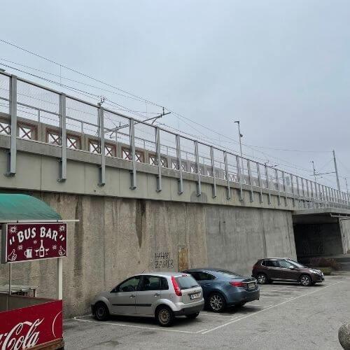protihrupna ograja viadukt železniška postaja Maribor