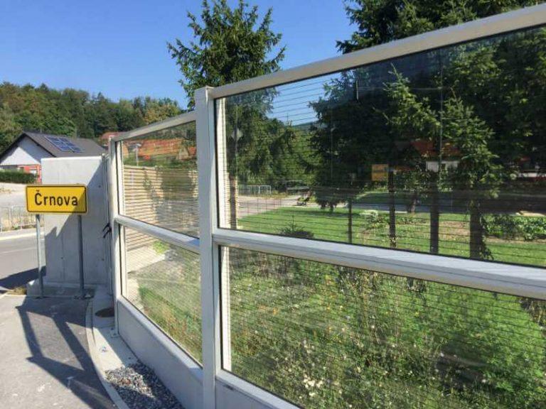 Zaščita proti hrupu oob cesti naselje Črnova