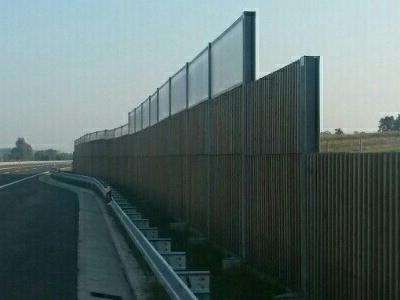 Protihrupna ograja Vrbovec Križevci kombinirana ograja proti hrupu