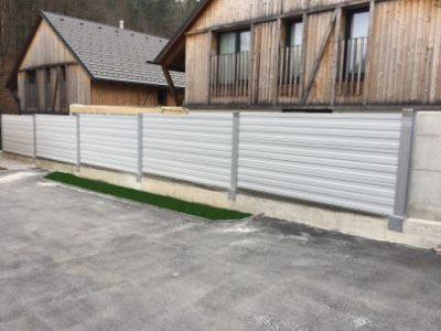 Protihrupna zaščita Medvode aluminijski paneli